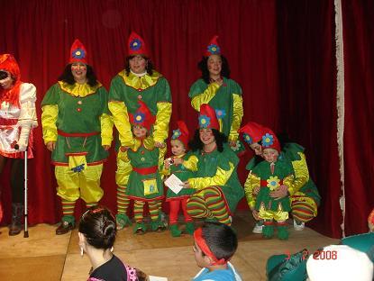 Una familia de Gnomos en el  Carnaval08 - Se abre en ventana nueva