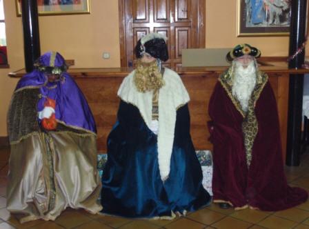 Los Reyes Magos, llegaron al Local Social - Se abre en ventana nueva