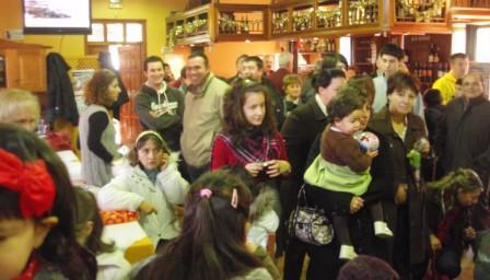 asistentes a la recepción de SS.MM. los Reyes Magos - Se abre en ventana nueva