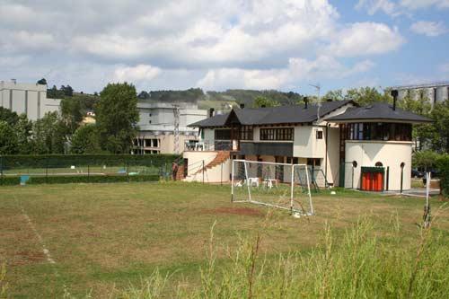 Instalaciones deportivas. Campo de fútbol. - Se abre en ventana nueva