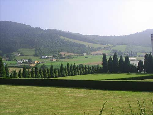 Vista de El Monte desde el Palacio - Se abre en ventana nueva
