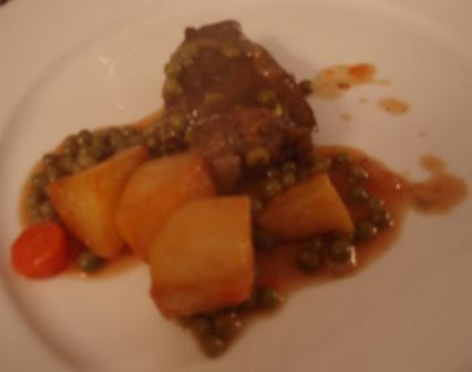 Carne Gobernada como segundo plato..el Día de la Tercera Edad 12-12-2010 - Se abre en ventana nueva